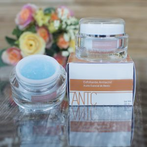 Exfoliante antiacné IZAN Dermocosméticos
